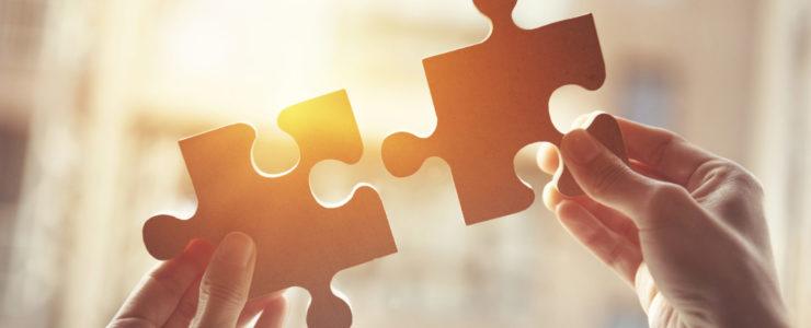 Strategie und Haushaltssicherung: Zwei Puzzelteile die zusammengeführt werden.